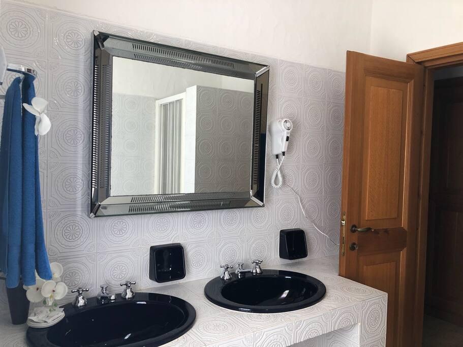 Bagno privato interno camera Sabbia