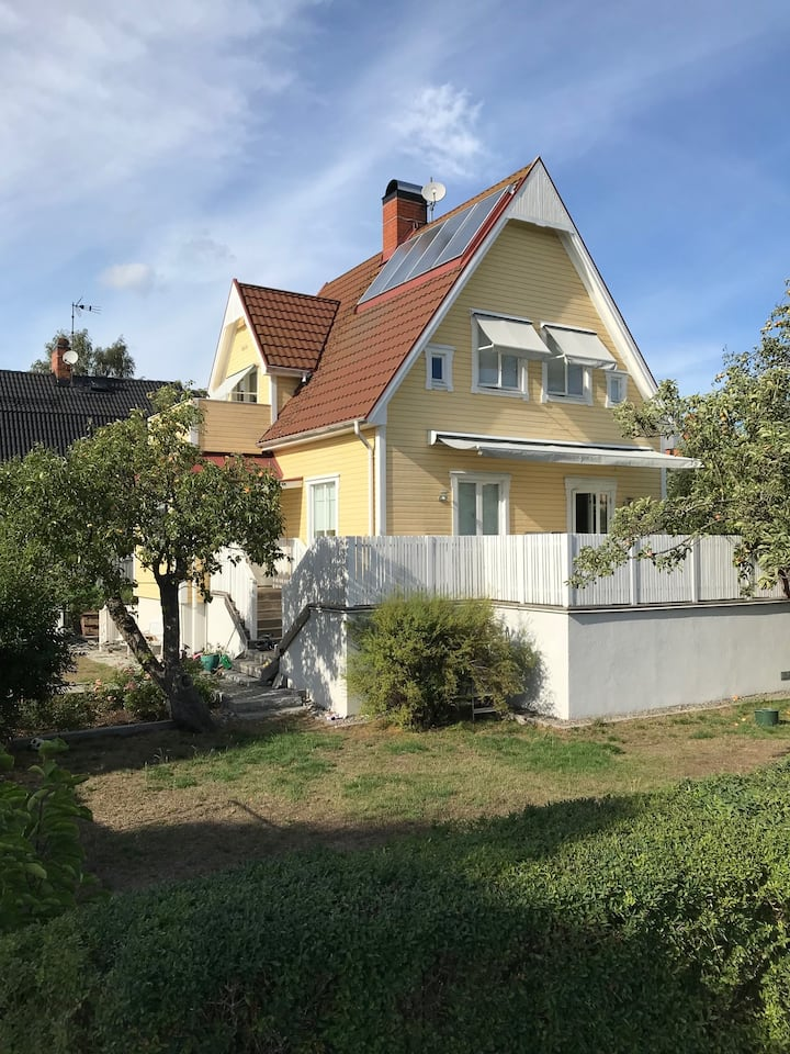 Lovely house 10 min from central Stockholm