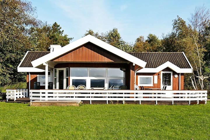 5 star holiday home in Øster Assels