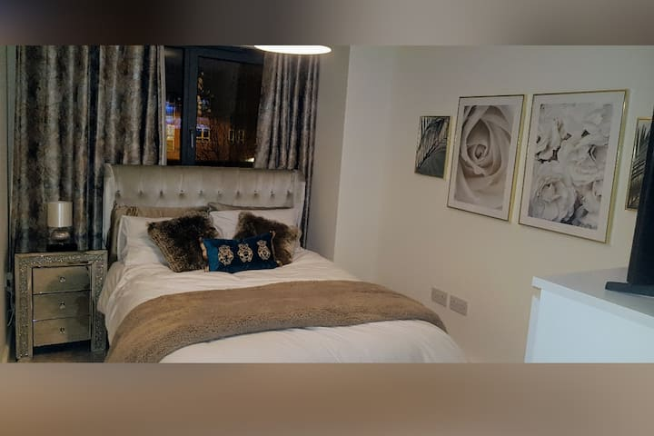 Exquisite and Clean, Cosy Private Bedroom