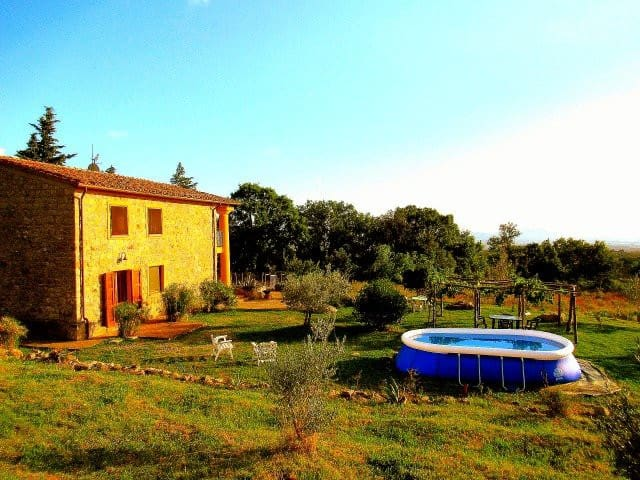 Chill out in the Tuscan countryside. Casettone