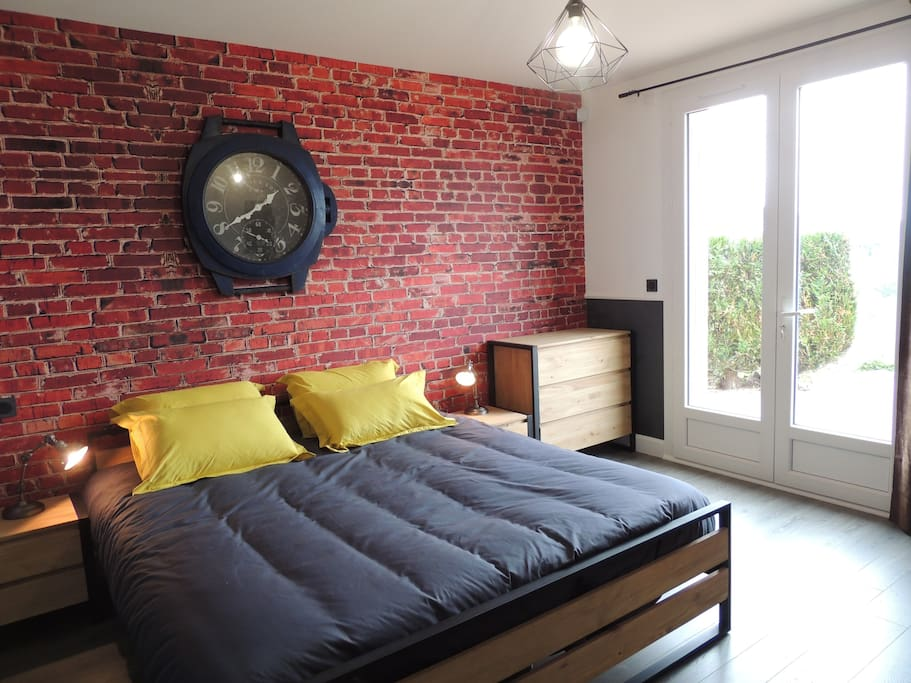 chambre industrielle houses for rent in durtol france. Black Bedroom Furniture Sets. Home Design Ideas