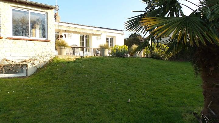 Villa 3  - 5 mns de  Cabourg, . 3 etoiles.