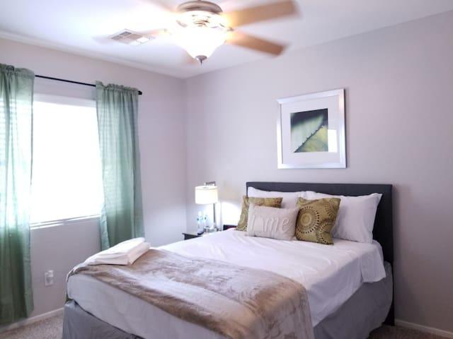 Riri's room II