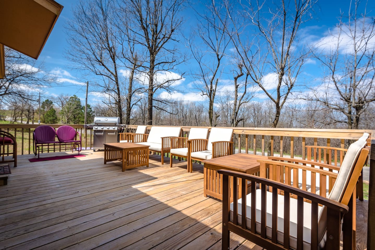 Front deck with large grill, lots of comfy seating and space for entertaining.