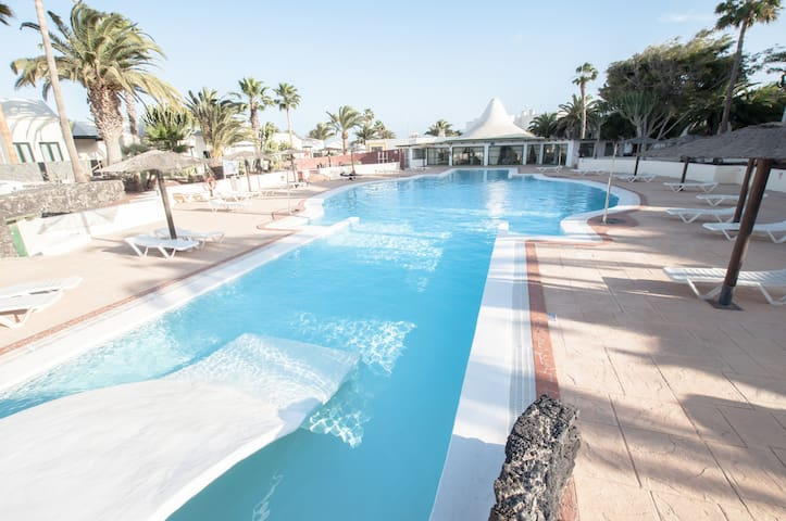 Estrella de Mar apartment 1 - Shared pool