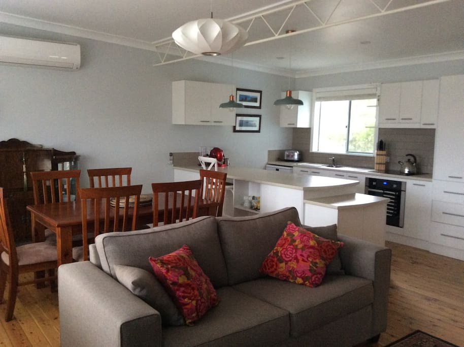 Fully equiped kitchen with dishwasher, washer/dryer, full fridge capacity, dining for 6 and sofa bed with linen provided opens onto balcony (sitting and smoking) espresso coffee maker and short term pantry items available.