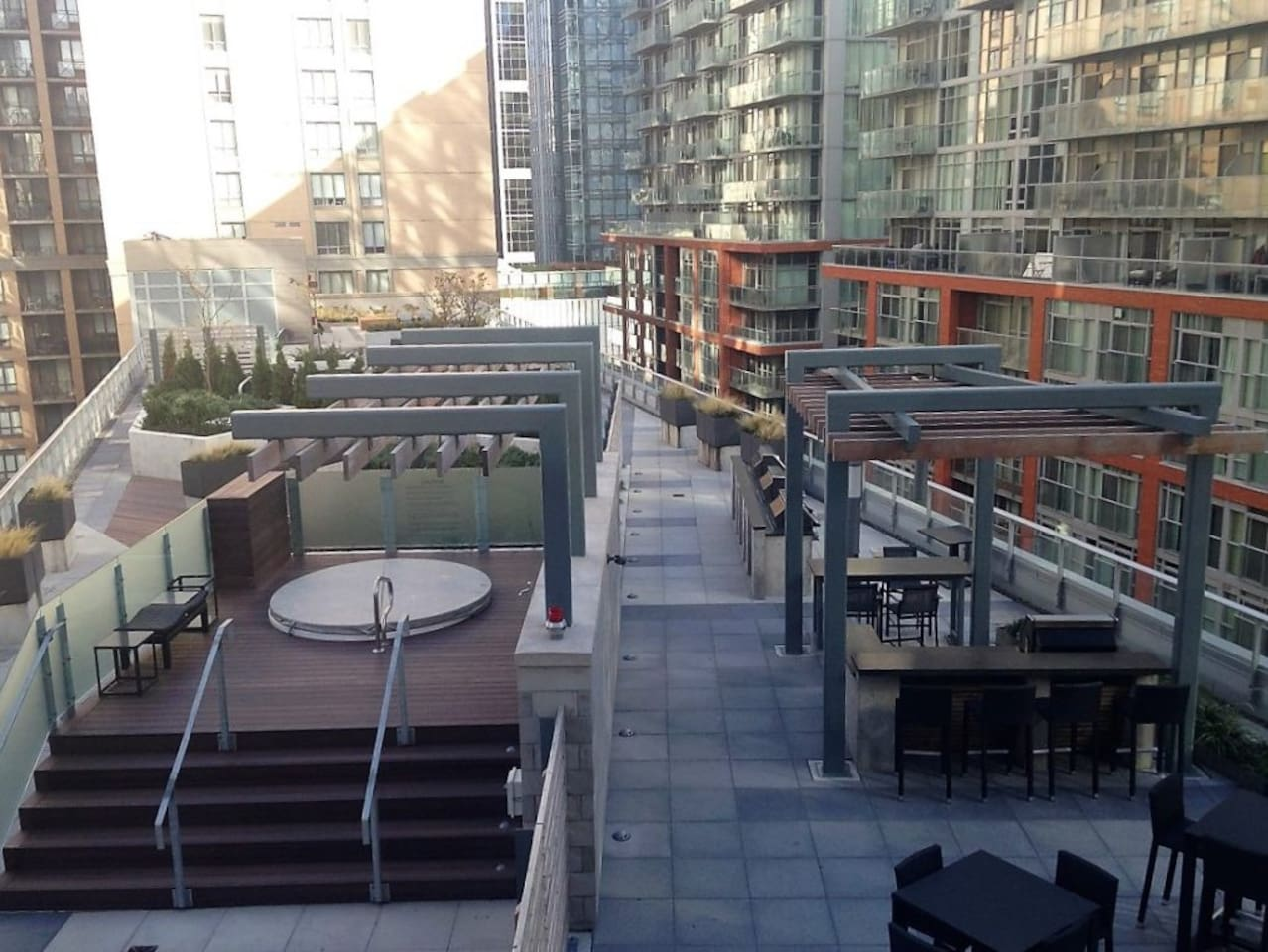 Patio Rooftop with Hot Tub and BBQ grills