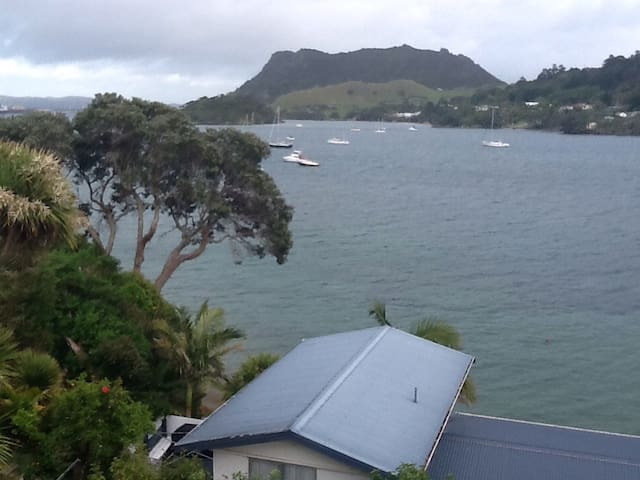Stunning views, spacious and sunny. - Whangarei Heads