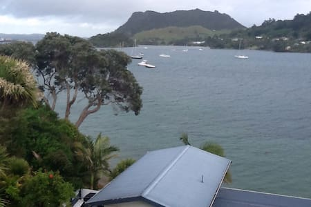 Stunning views, spacious and sunny. - Whangarei Heads - Hus