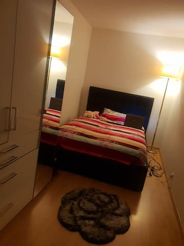 Cosy Flat 3 km from Marienplatz, 1.5km from Wiesen