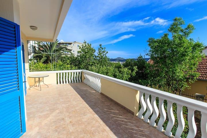 Vila Danilo - Luxurious Villa with Sea View