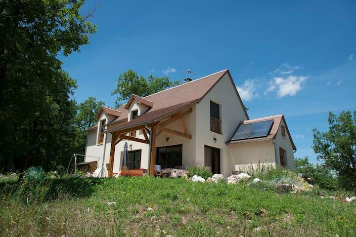 Modernes Landhaus mit Kräutergarten - Maison 30