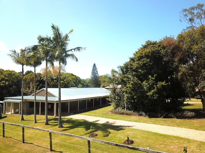 Mullum Stables Stay