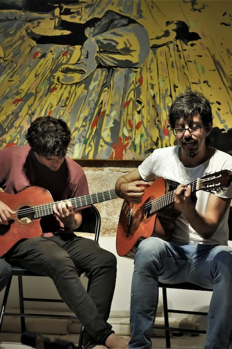 Inti Santanda y músicos invitados
