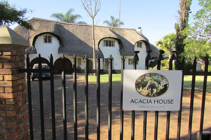 Acacia House Executive Suite, Kelvin, Sandton