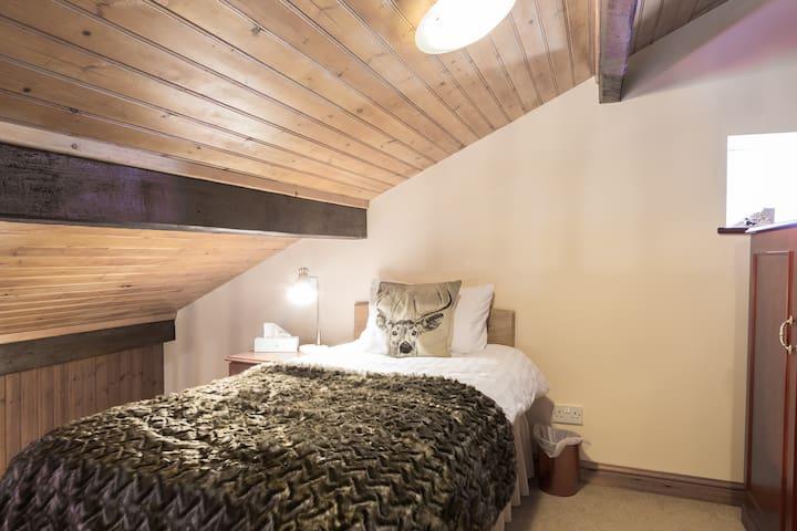 Top floor single bed