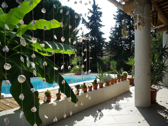 Maison Uzes avec piscine privée - Saint-Quentin-la-Poterie - Ev