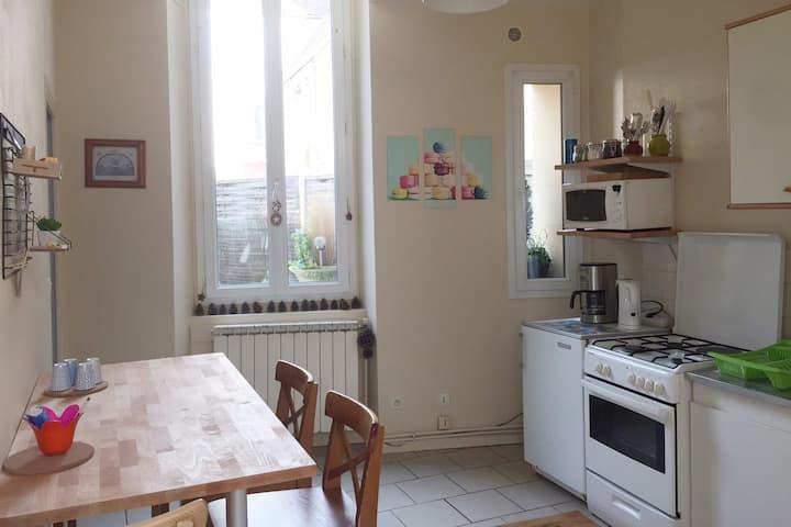 LE COSY appartement avec cour privée / 4 pers