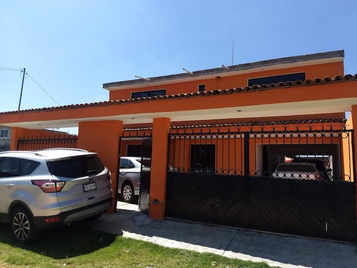 Hermosa Casa Para descanso o negocios en Amealco