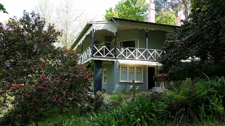 Home near Melbourne for short-term accommodation