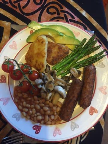 Vegan breakfast with avocado and asparagus
