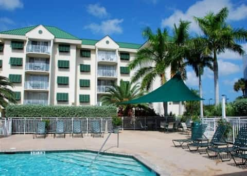 Condo 2 br, Ocean view from Balcony, Pets Welcome