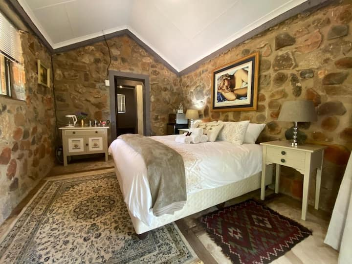 """Luxury Lowveld Lodge, 4x4 and Camping """