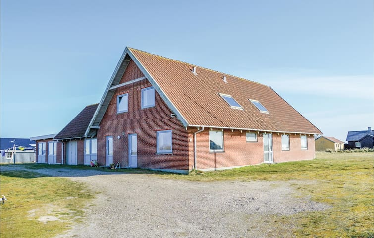 Holiday apartment with 3 bedrooms on 90 m² in Hvide Sande