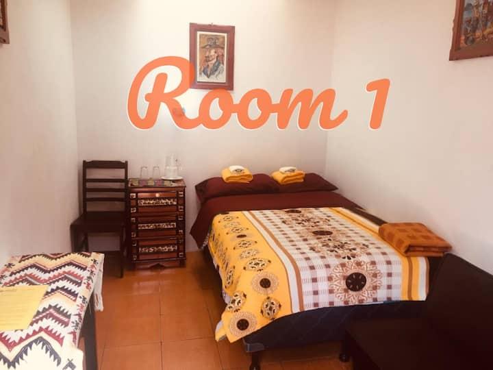 Antojitos Tzocomá-Room 1_EN