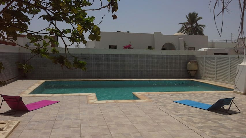 Very cute Villa with a swimming pool in Djerba - Aghir