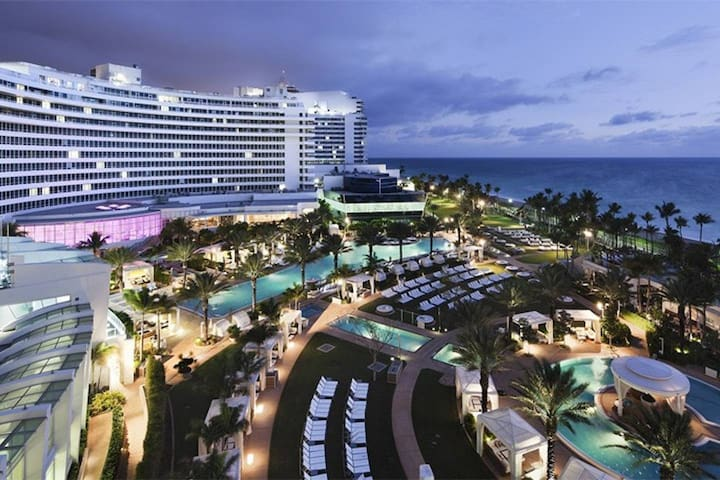 Fontainebleau Resort Sorrento Tower Amazing Luxury