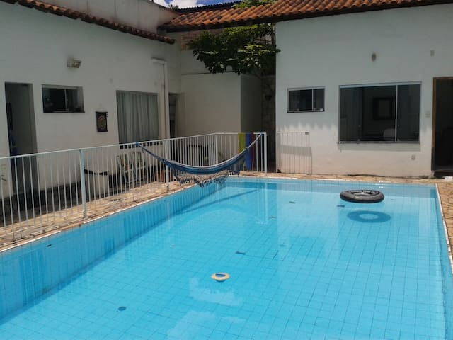 Private suite bedroom with pool and open area - Belo Horizonte - Huis