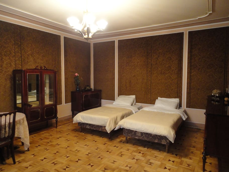 Bedroom with two single beds or one double bed