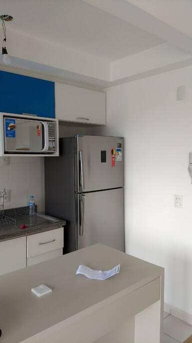 micro&geladeira