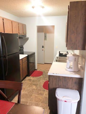 Williston rental! 2 bed, 1 bath apt - serviced!