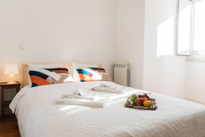 bedroom 1 (suite)