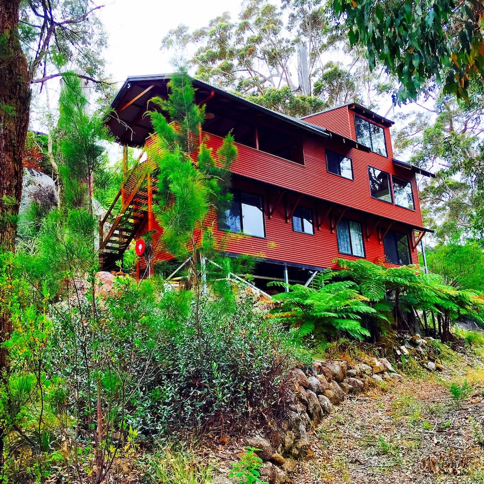 House is nestled inside the beautiful Karri forests of Denmark, 5 minutes from town centre.
