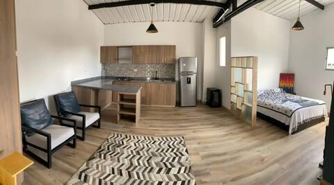Hermoso loft con terraza, en la Zona Rosa de la Abuela de Caldas. Anserma.