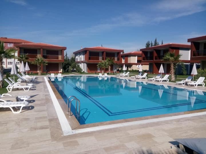 5.Pers/350m Long Beach/Pool/Villa/Privat Parking