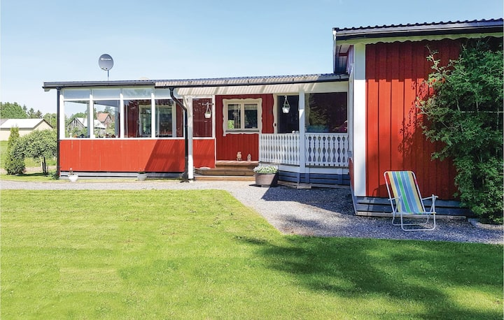 Nice home in Säffle with WiFi and 2 Bedrooms