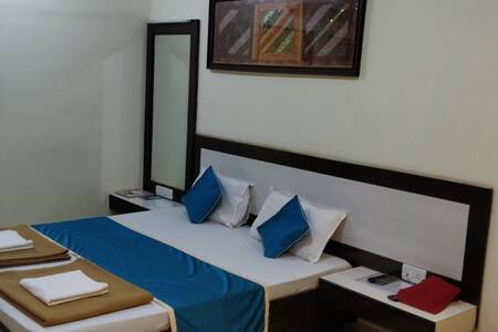 Hotel Sea Winds with Deluxe Non AC Room