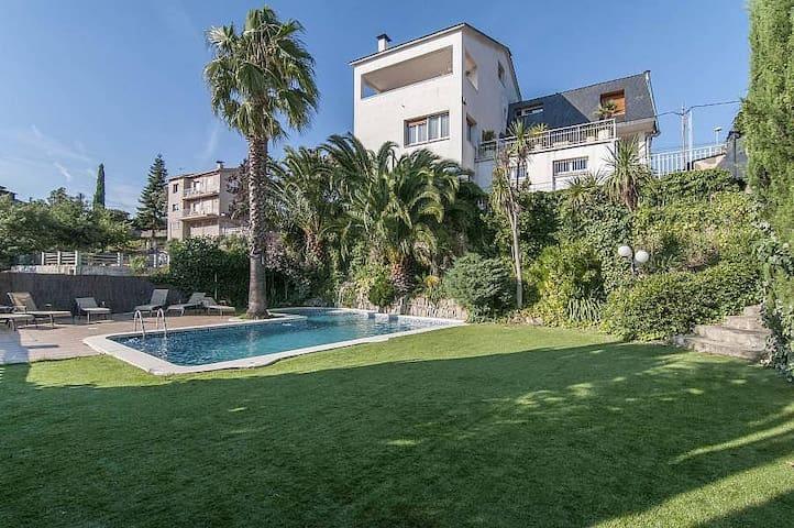 Villa Abrera 30km to Barcelona! - Ca n'Amat