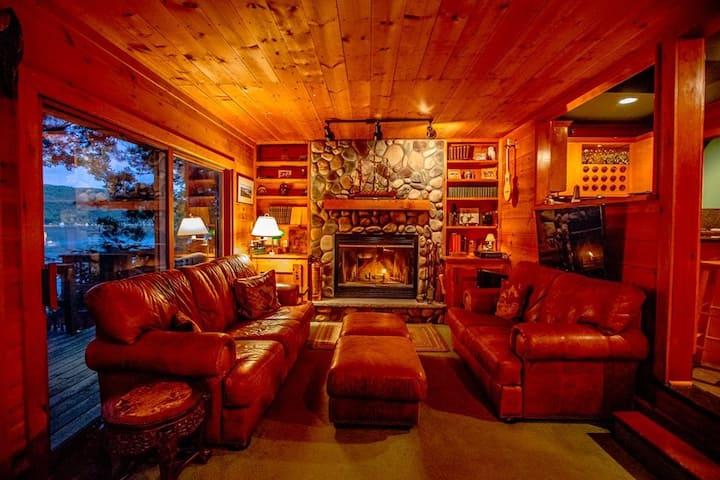 Comfort and Luxury- Keuka Lake Dream Property