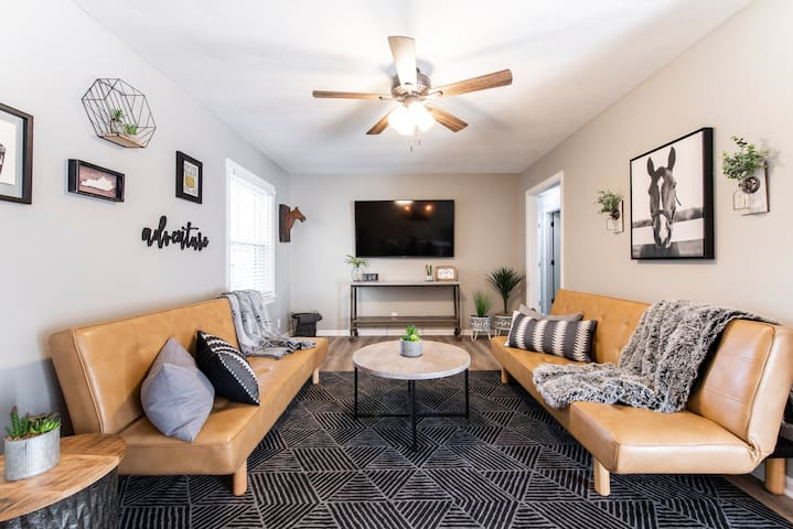 502 House @ Airstream Park w/ Game Room