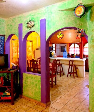 Colorful 2-BR house,downtown Zihua! An experience!