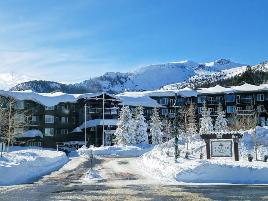 Ultimate Ski In Ski Out Jsl With Views To Ski Run Condominiums For Rent In Mammoth Lakes