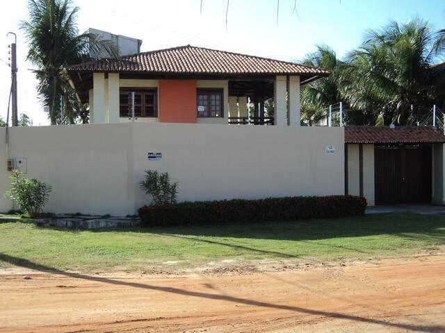 Casa mobiliada em Porto das Dunas - Aquiraz - Hus