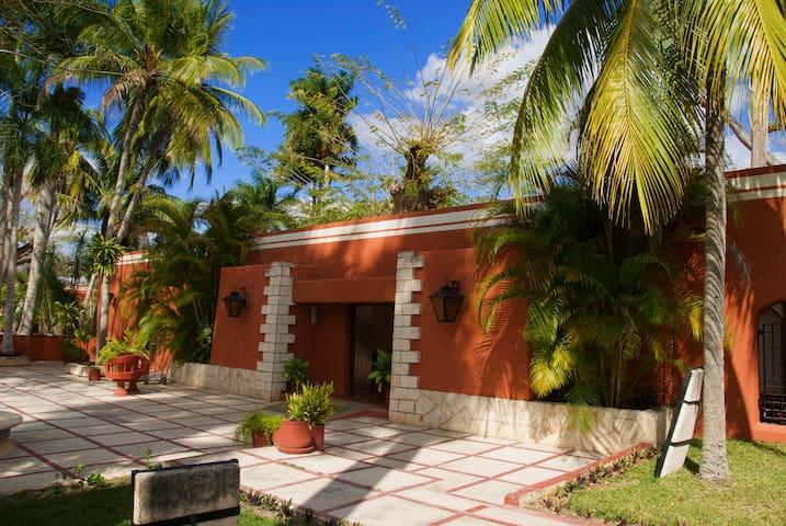 Hotel Villas Arqueologicas Chichen Itza 1