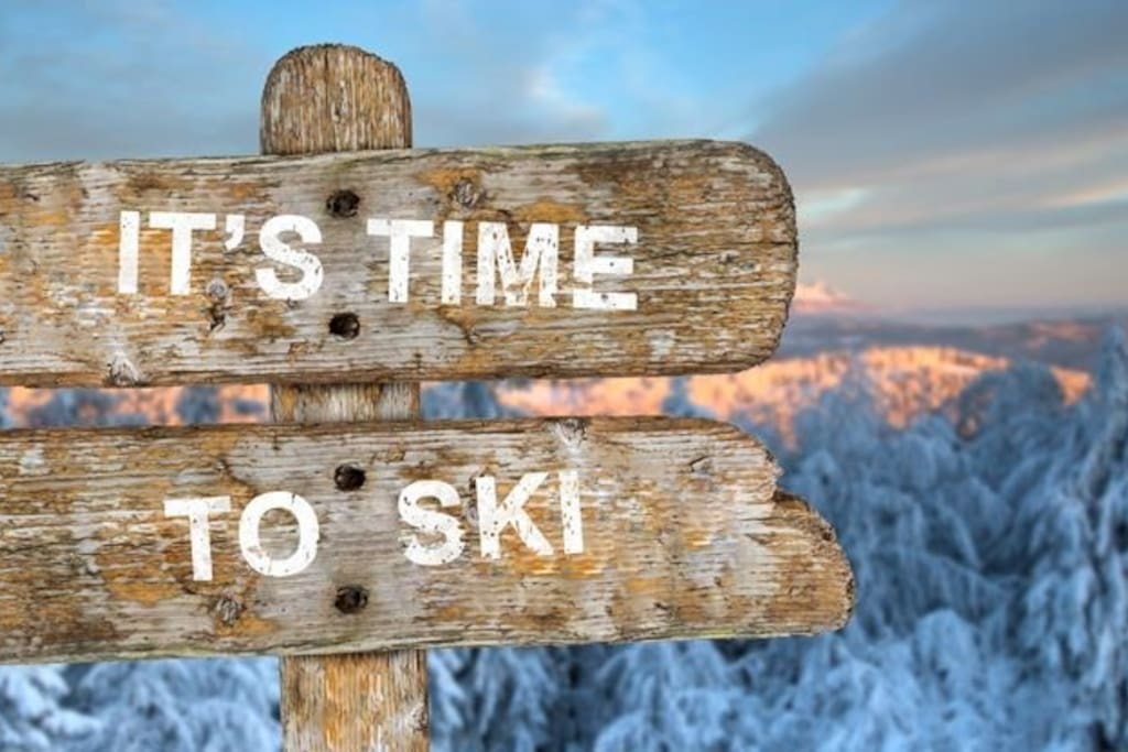 We are a 10 minute drive away from the Muskoka Ski Club - Hidden Valley Highlands